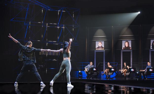 """רק רוצים לרקוד- רועי ברקוביץ (צילום: מתוך התכנית """"רק רוצים לרקוד"""")"""