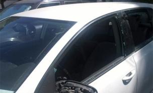 חלונות הרכב המנופצים