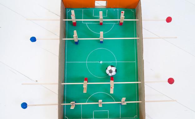 017-כדורגל-שולחן-מוכן (צילום: נועה קליין)