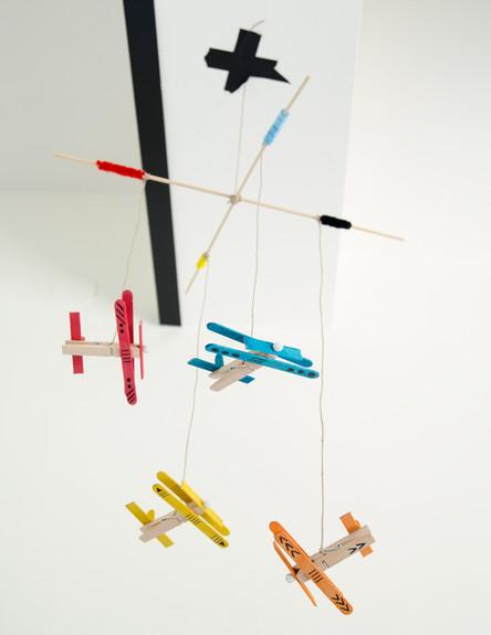 026--מובייל-מטוסים (צילום: נועה קליין)