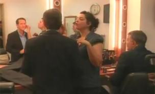 הכנות אחרונות בחדר האיפור (צילום: חדשות 2)