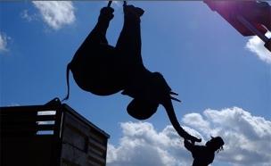 הצלת פיל, אפריקה (צילום: חדשות 2)