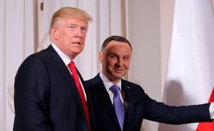 טראמפ והנשיא הפולני בוורשה היום (צילום: רויטרס)
