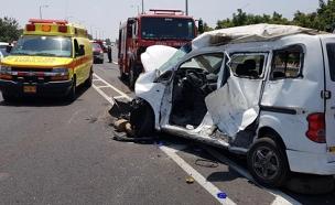 """התאונה הקטלנית בכביש 70 (צילום: אלון קוצי תיעוד מבצעי מד""""א)"""