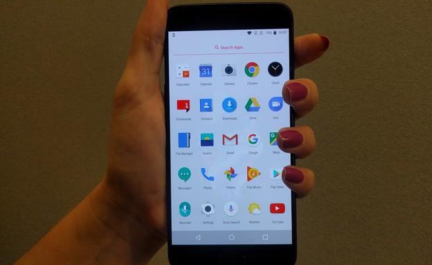 סמארטפון OnePlus 5 (צילום: יחסי ציבור, Geektime)