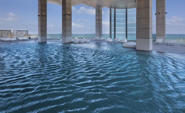 מלון רויאל ביץ' תל אביב - הבריכה