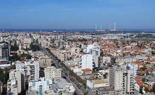 צילום אווירי של חדרה (אילוסטרציה: ClimaxAP, Shutterstock)
