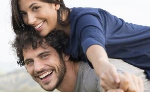זוג מאושר (צילום: אימג'בנק / Thinkstock)
