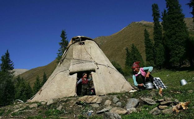 חיים באוהל בקירגיזסטן (צילום: China Photos, GettyImages IL)
