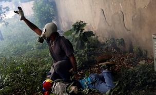 מתנגדי השלטון, ונצואלה (צילום: ריויטרס)