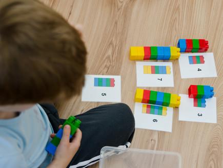 מתמטיקה בגיל הרך (אילוסטרציה: Studio.G photography, Shutterstock)