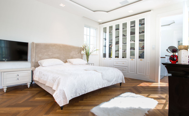 ורד ומוטי, חדר שינה (צילום: שגיא מורן)