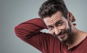גבר ביישן  (צילום: Stokkete, Shutterstock)