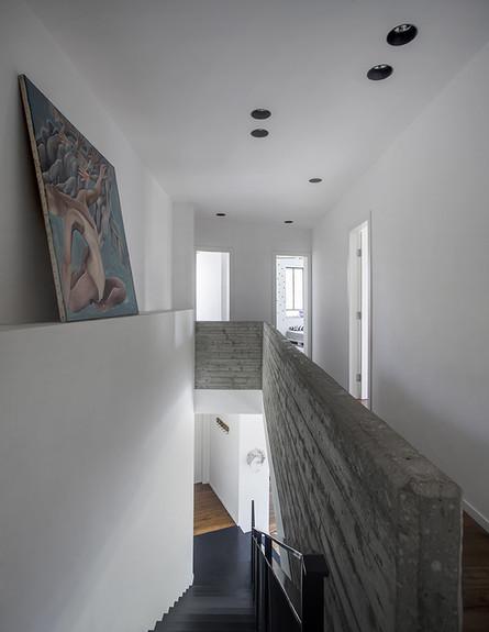 גילי זילברברג, מדרגות בטון, ג (14) (צילום: יואב גורין)