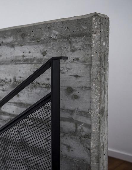 גילי זילברברג, מדרגות בטון, ג (15) (צילום: יואב גורין)
