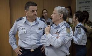 """חילופי מפקדי חיל האוויר בקריה (צילום: דובר צה""""ל)"""