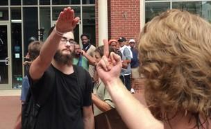 מפגיני ימין ושמאל בווירג'יניה (צילום: Evan Nesterak, Flickr)