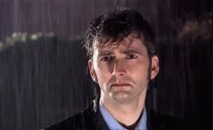 עצוב בגשם (צילום: צילום מסך, מעריב לנוער)