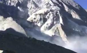 הרגע בו החלה המפולת (צילום: CNN)