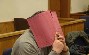 נילס הוגל, אח החשוד ברצח 84 מטופלים (צילום: sky news)