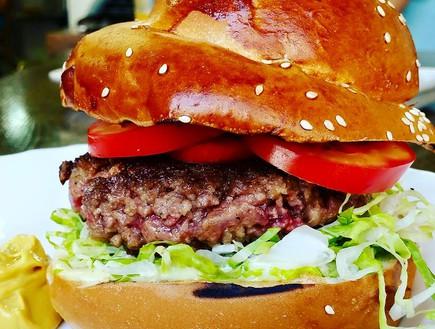 המבורגר M25