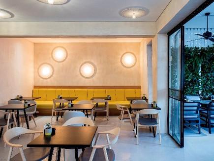 מסעדות03, גוונים צהובים מוסיפים חום וחיות