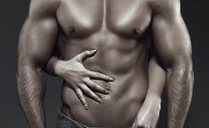 גבר חתיך מאוד (צילום: sakkmesterke, Shutterstock)