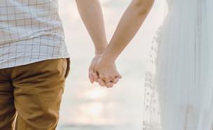 חופה חתן וכלה (צילום: Kittisak Sirichunsuwan, Shutterstock)