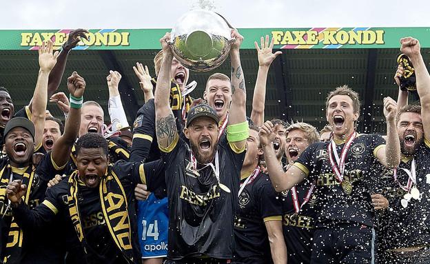 קבוצת כדורגל דנית מתוך אליפות דנמרק (צילום: GettyImages-Lars Ronbog afp)