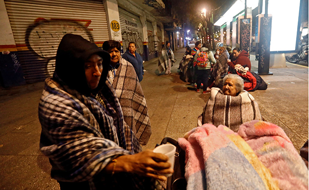 תיעוד: האדמה רועדת במקסיקו (צילום: רויטרס)