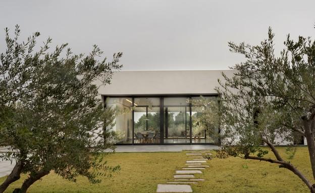 בית בין כרמים, חוץ (14) (צילום: אסף פינצ'וק)