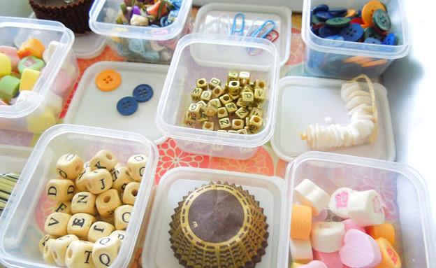 מחזור11, השתמשו בקופסאות פלסטיק לאחסון ברחבי הבית (צילום: craftionary.net)