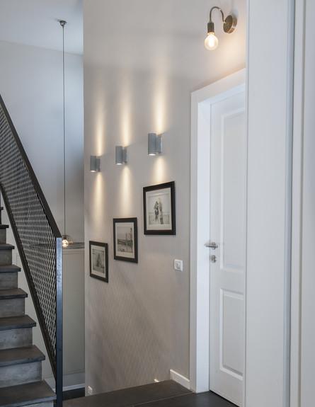 אחד לאחד, ג, מדרגות (12) (צילום: אורית אלפסי)