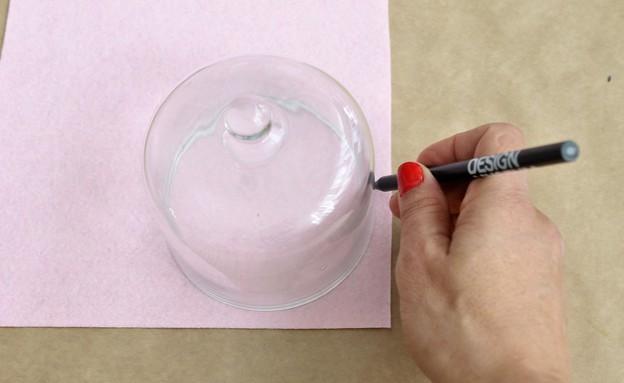 2 לימור אורן, מסמנים עיגולים (צילום: לימור אורן)