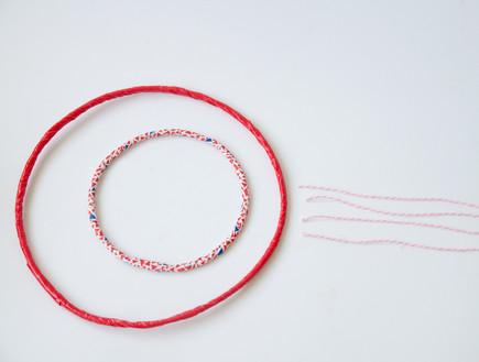 נועה קליין- אהיל ושרשרת, 10, מחברים בעזרת חוטים (צילום: נועה קליין)