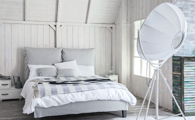 מיטות03_ מיטה בעיצובה של פאולה נבונה בפנטהאוז רהיטים (צילום: פרנצסקה מוסקיני)