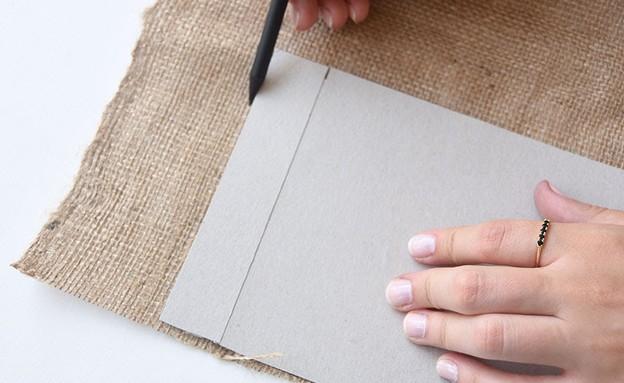 קראפטס 01, מסמנים על הבד, כולל הקיפול (צילום: יחסי ציבור)