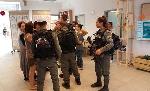 """סריקות בביה""""ס בהר אדר (צילום: חדשות 2)"""