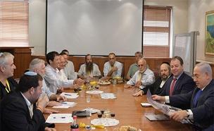 """נפגש עם ראשי מועצת יש""""ע. נתניהו (צילום: עמוס בן גרשום, לע""""מ)"""