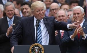 """טראמפ: """"פייסבוק אנטי טראמפ, פייק ניוז"""" (צילום: רויטרס)"""