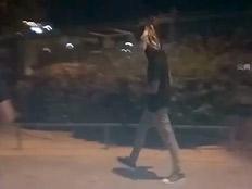 ליצן ברחובות לוד (צילום: חדשות 2)