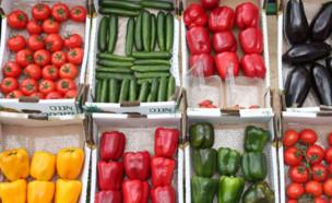 ארגזי ירקות (צילום: דודו בכר, TheMarker)