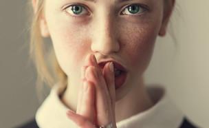בחורה (צילום: kateafter | Shutterstock.com )