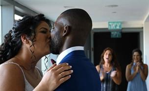צפו: החתונה שניצחה את העלבונות