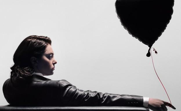 האקסית המטורפת שחור לבן (צילום: באדיבות yes)