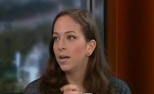 התעלפות בשידור חי (צילום: ערוץ 10, צילום מסך)