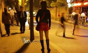 צעירה ניסתה לשדל בת 16 לזנות (צילום: רויטרס)