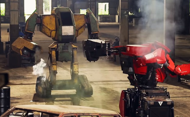 קרב רובוטים (צילום: MegaBots, יוטיוב)