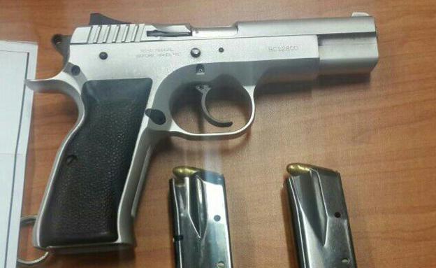 נפל קורבן לביריונות - והביא אקדח, אילוסטרציה (צילום: עזרי עמרם)