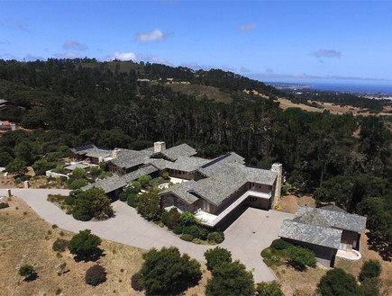 בתים למכירה 01_ אחוזה במונטריי קליפורניה עם נוף לים